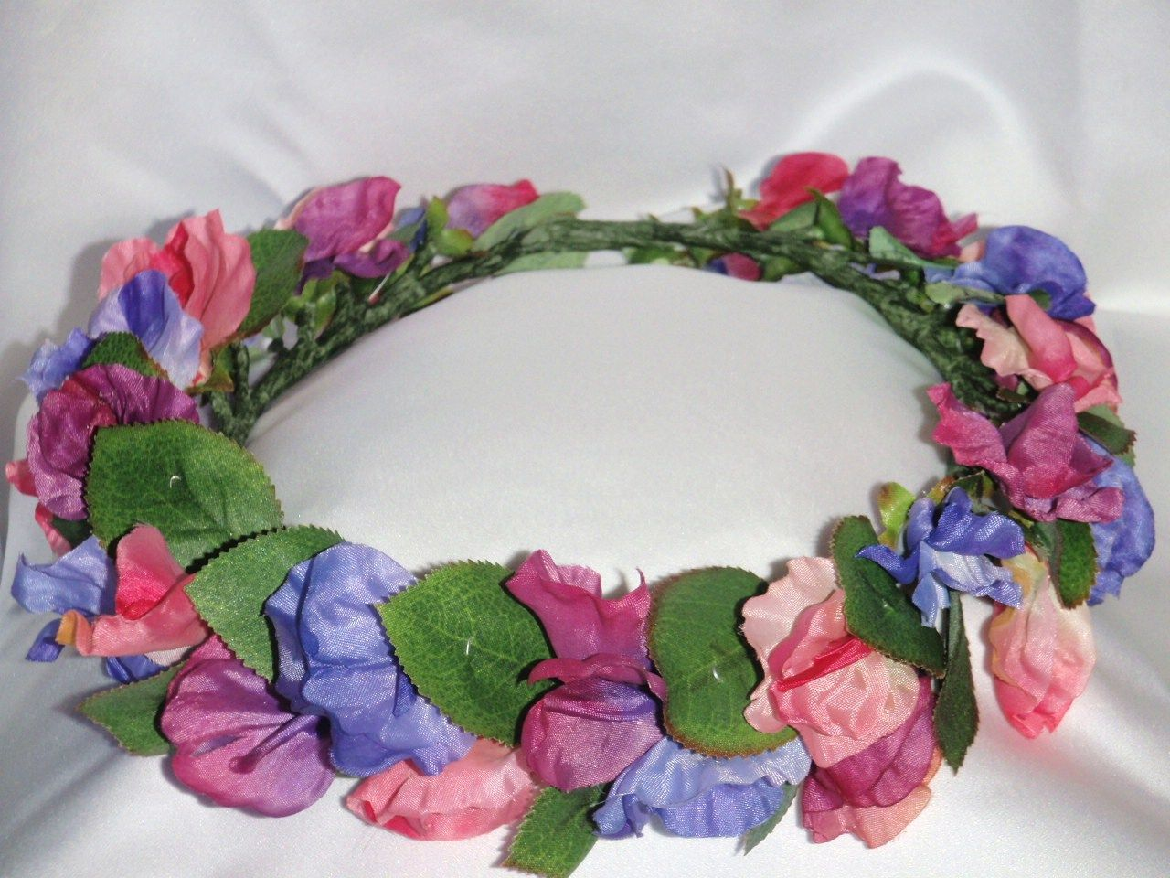 Flower Crown Made With Silk Sweet Pea Flowers Sweet Pea Flowers Flower Crown Floral Wreath