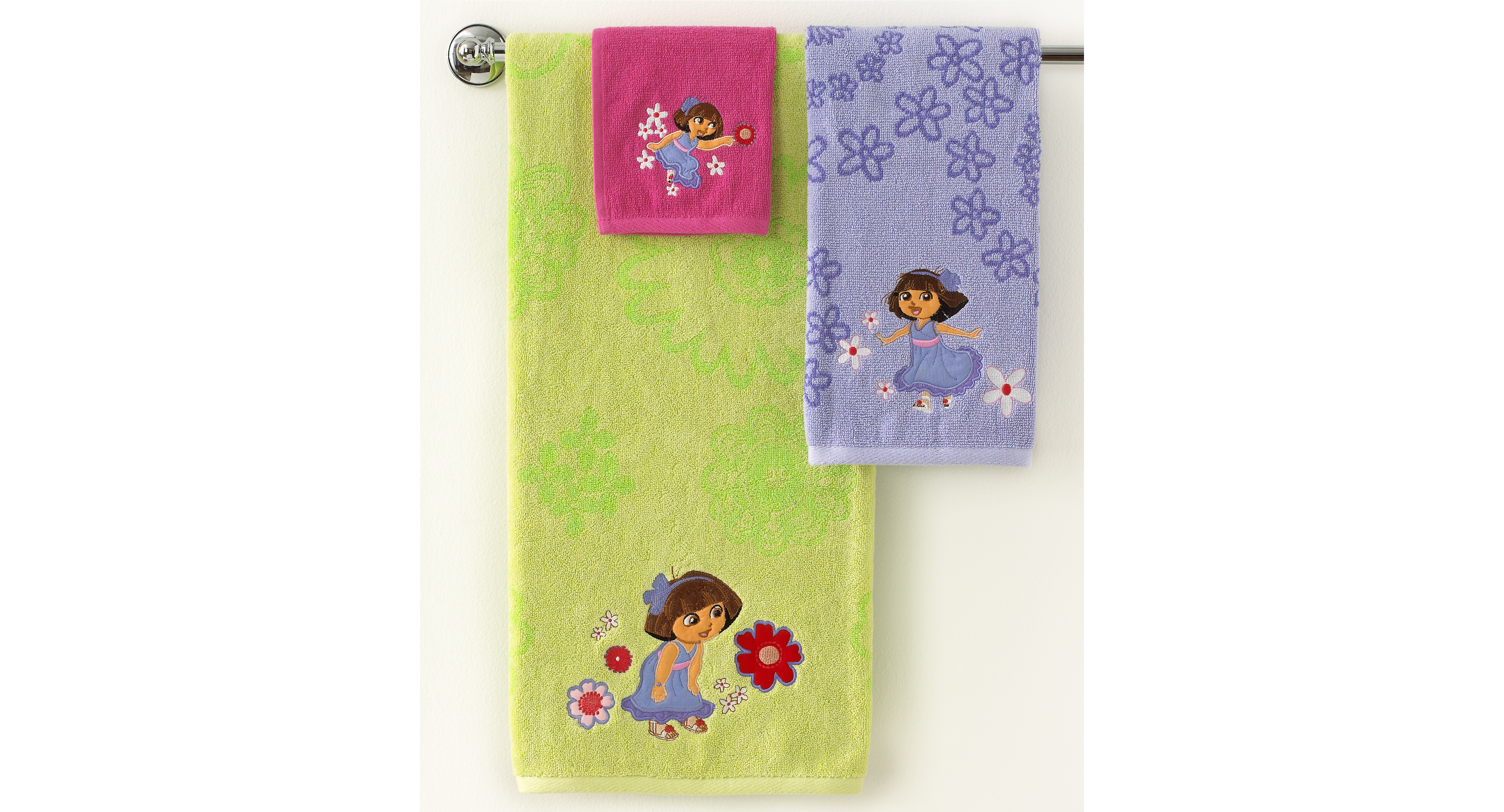 Dora Bathroom Set