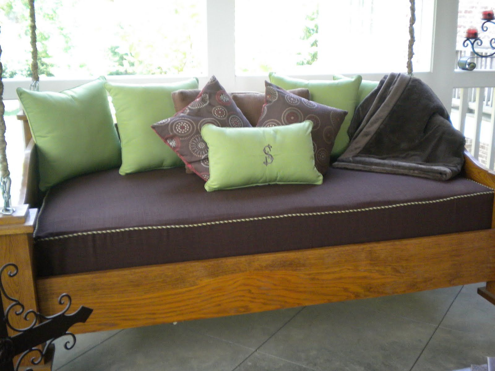 twin mattress slipcover with piping