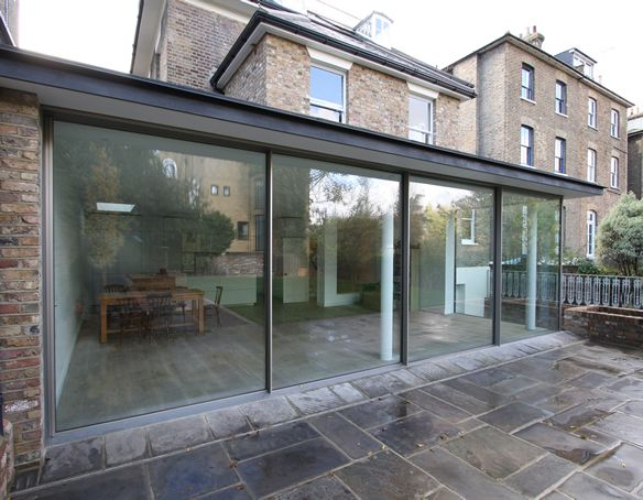 Orangeries contemporary orangery company iq glass for Glass rooms conservatories