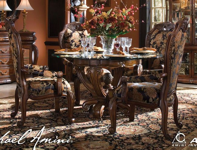 Warm Honey Maple 5-pc Rococo Dining Set