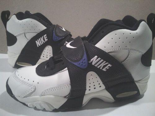 Adolescencia montaje Polo  VTG Nike Air Veer 1993 OG DS Bruce Smith turf seau max sanders zoom boys sz  4 | Nike, Nike air, Sneakers nike