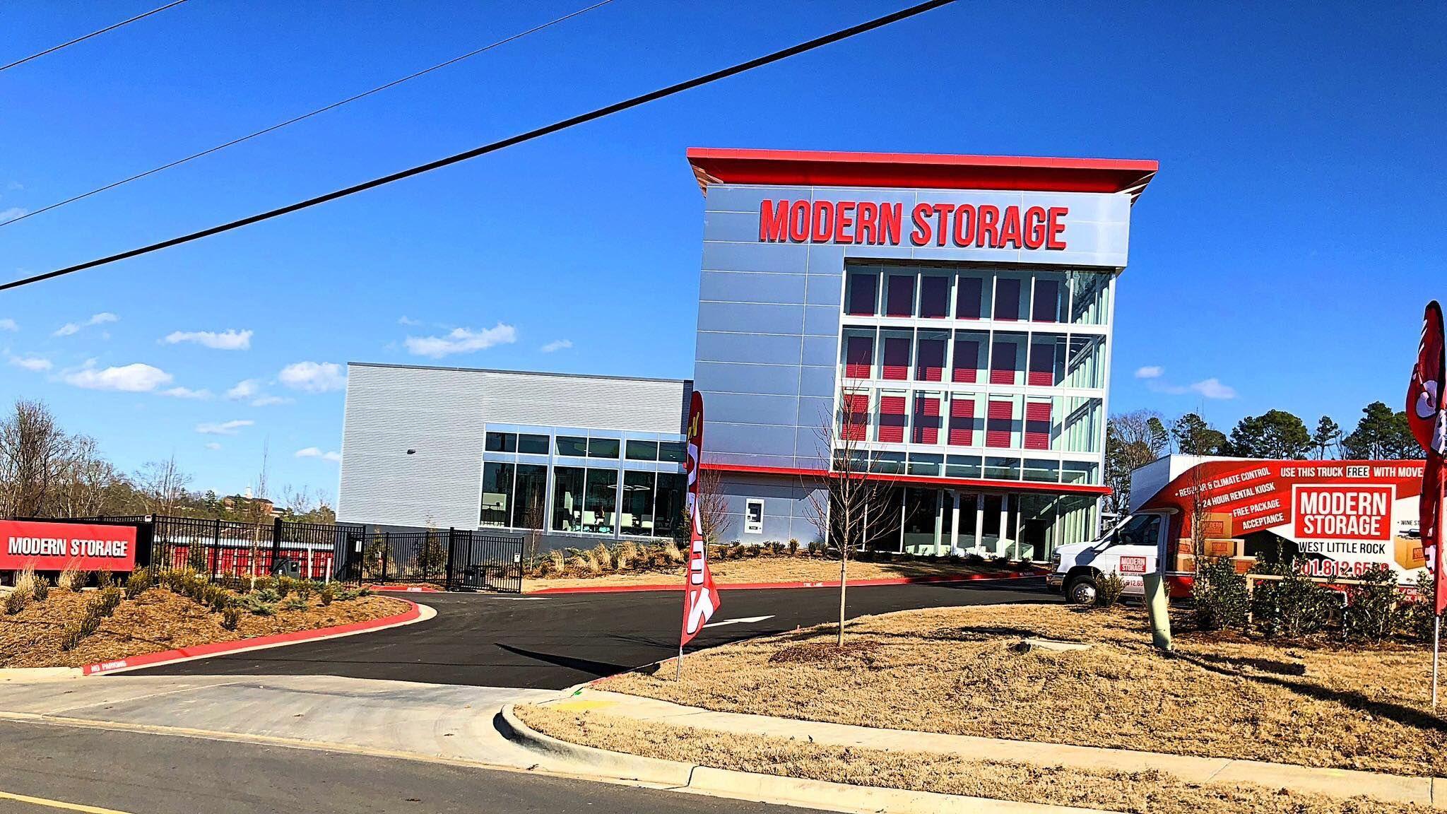 Https Www Modernstorage Com Modern Storage West Little Rock Arkansas Is A Luxury Storage Facility In Little Ro Storage Facility Luxury Storage Self Storage