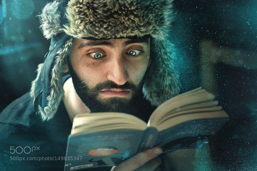 Magic reader by MohaNnadQaSsab. @go4fotos