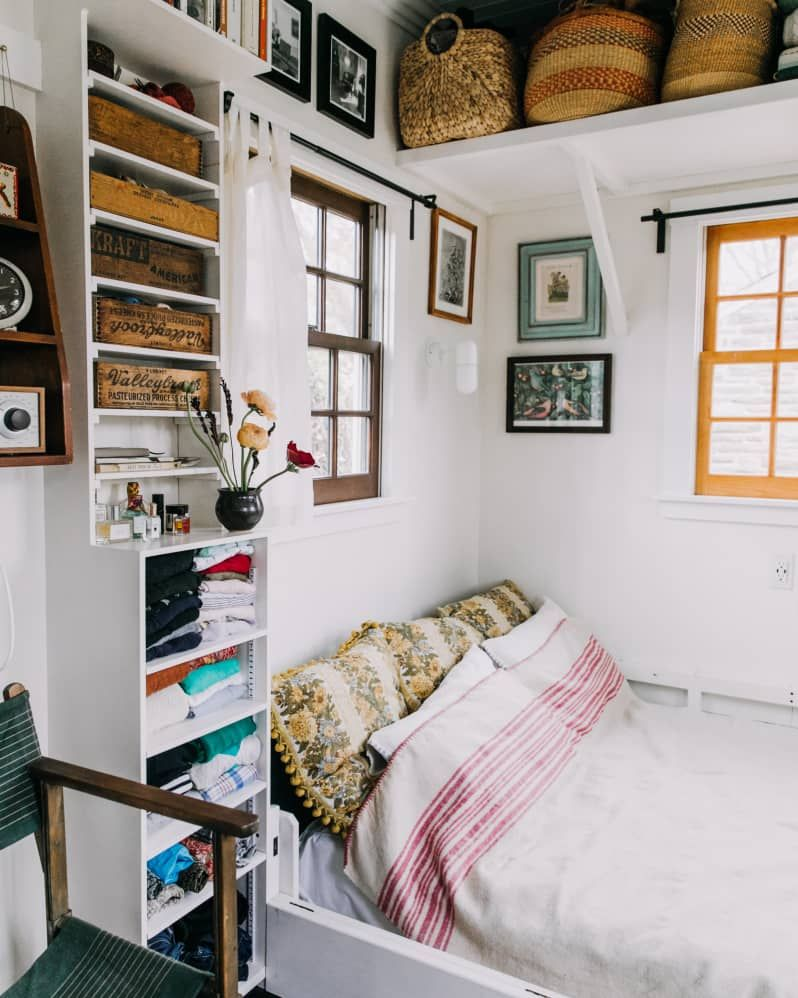 Small Bedroom Storage Ideas For Couples Space Saving
