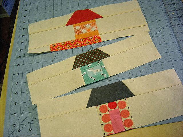 I want to try my hand at these house blocks, so sweet.