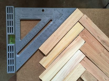 Make Cheap and Easy Wall Art With Wood Shims