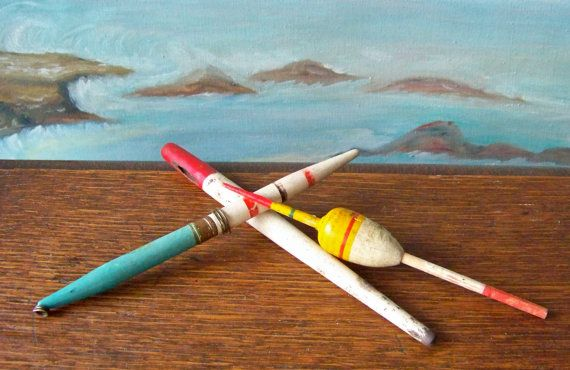 Antique fishing bobber wood floats pencil bobbers chippy for Fishing lure paint