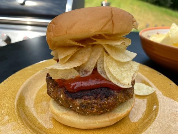 Perfect Grilled Burgers : Food Network Kitchen : Food