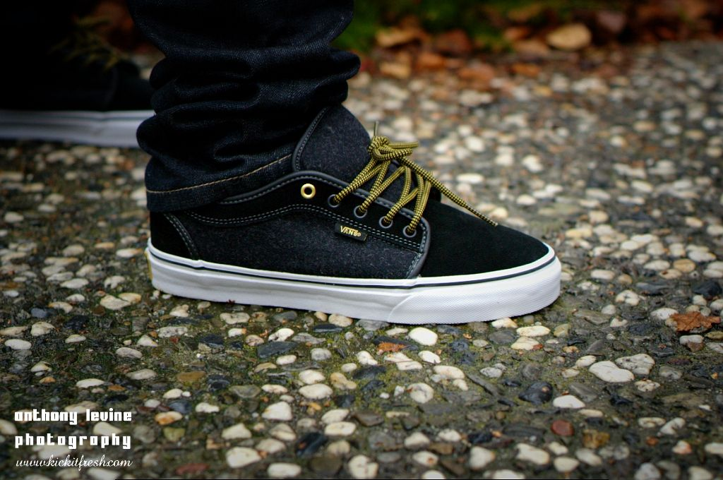 custom vans chukka low