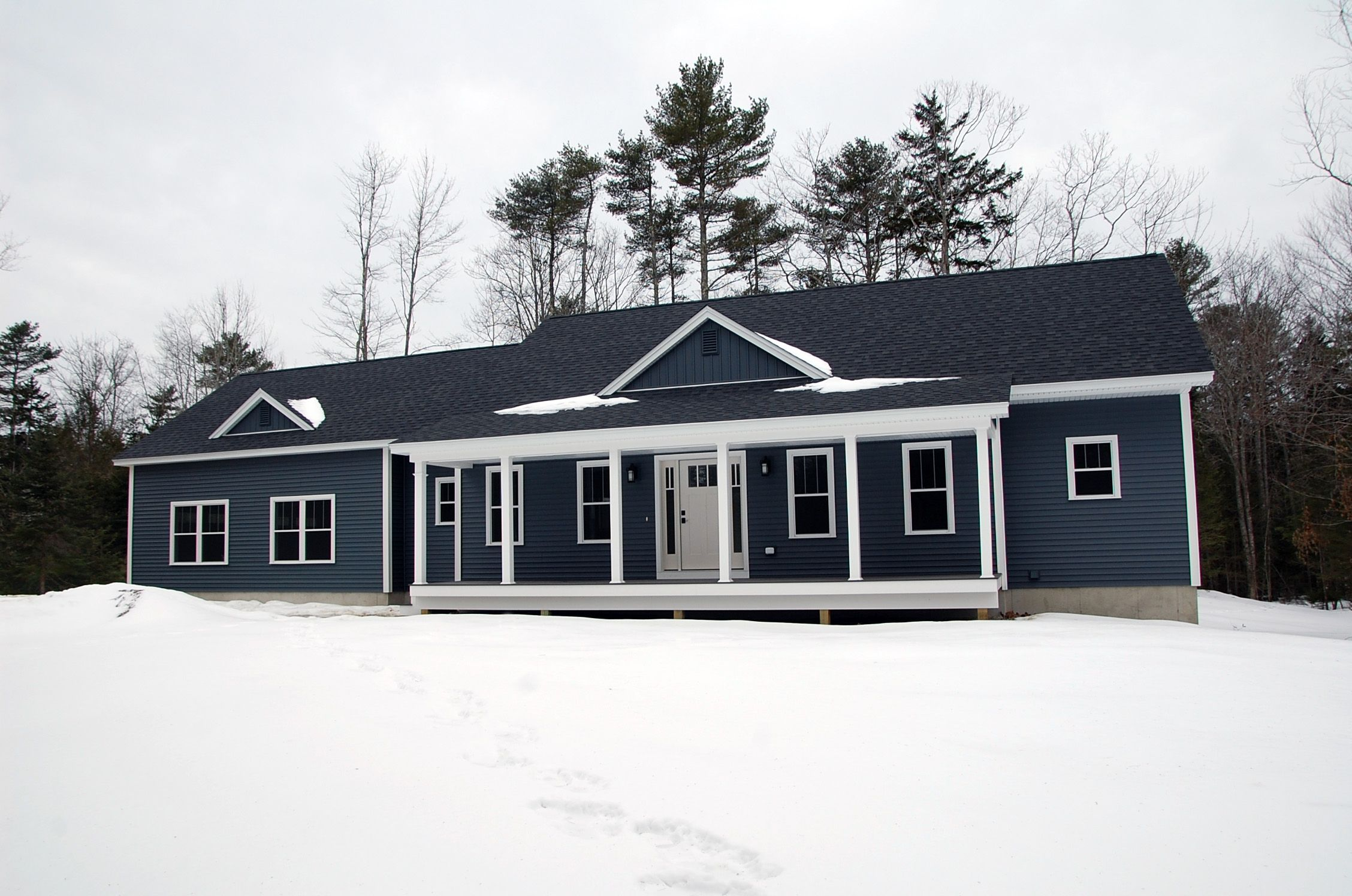 Dark Blue Siding With White Trim Blue Siding House Styles Exterior Colors