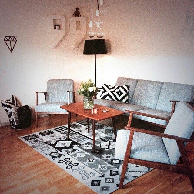 pin von myrthe bakermans auf wth from ikea pinterest neue wohnung wohnzimmer und rund ums haus. Black Bedroom Furniture Sets. Home Design Ideas