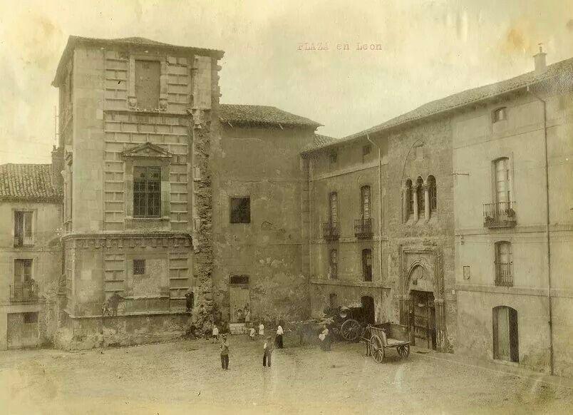 León, fotos antiguas, plaza del conde Luna