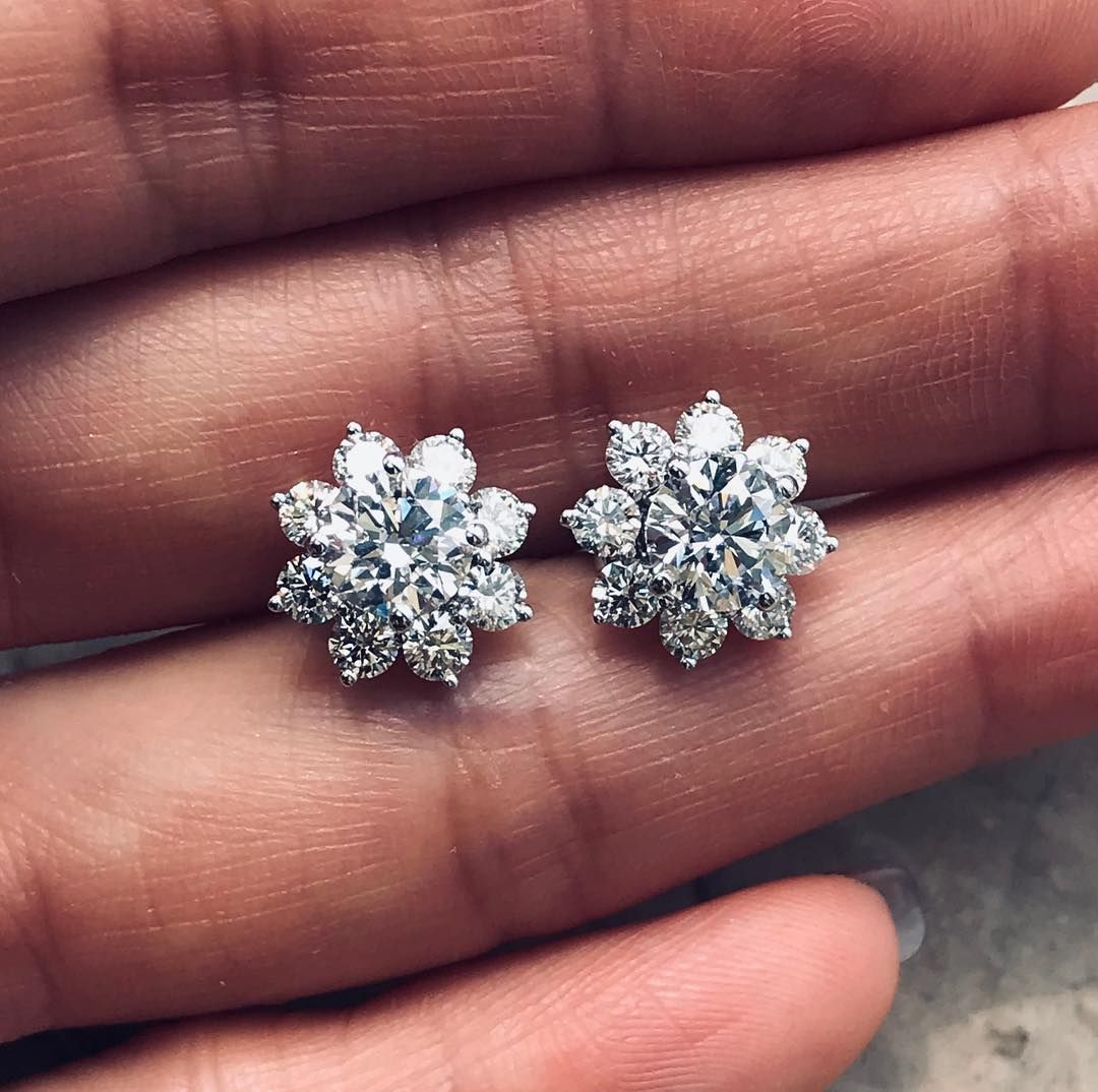 Mii On Instagram New Customized Earring Studs The Center Diamonds Can Be Taken Out And Weared Alone Tourmaline Rubellite S Custom Earrings Earrings Diamond