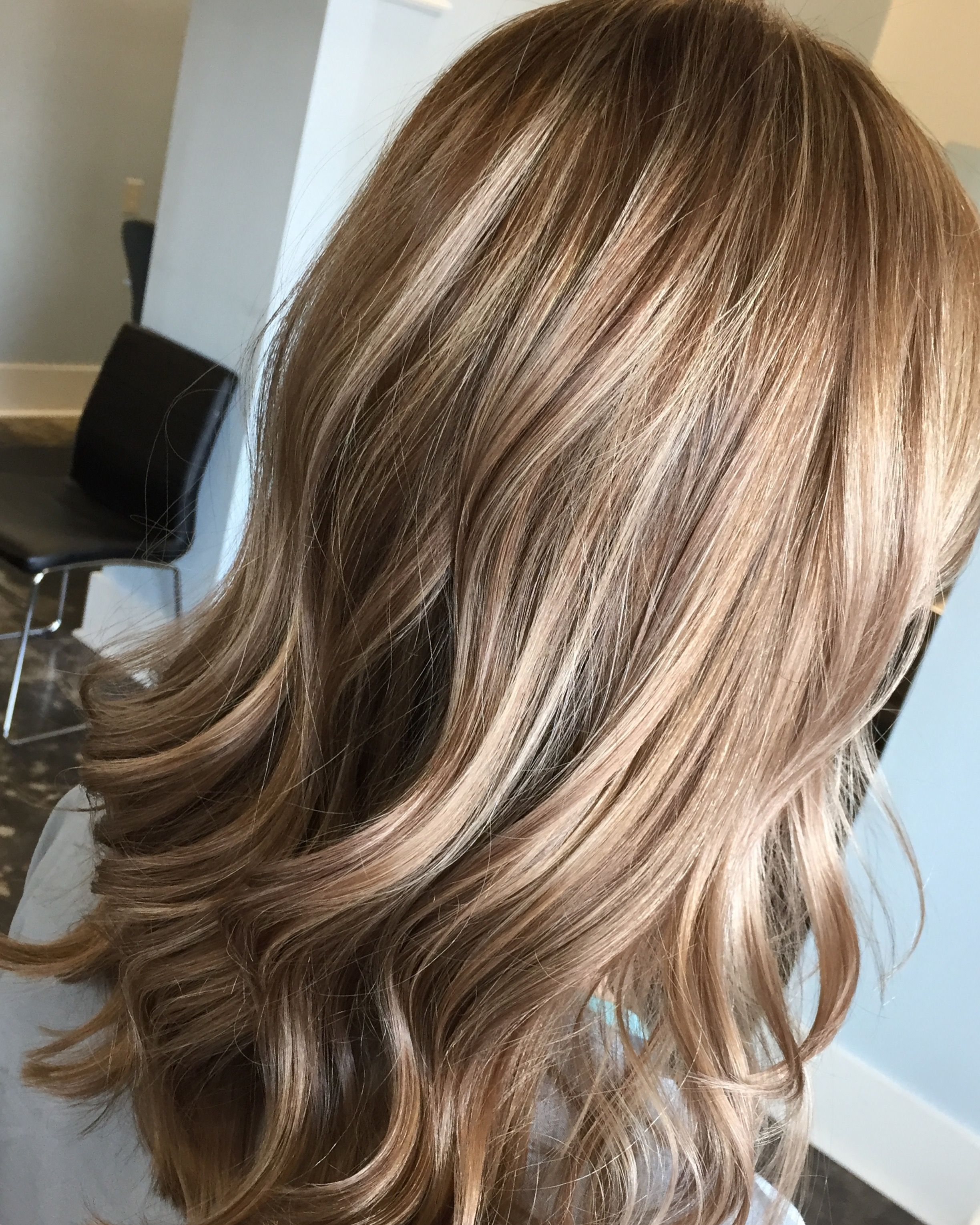 Blonde Foiled Highlights With Level 8 Base Highlights Paulmitchell Summerhair Blonde Hair Levels Hair Levels Level 7 Hair Color