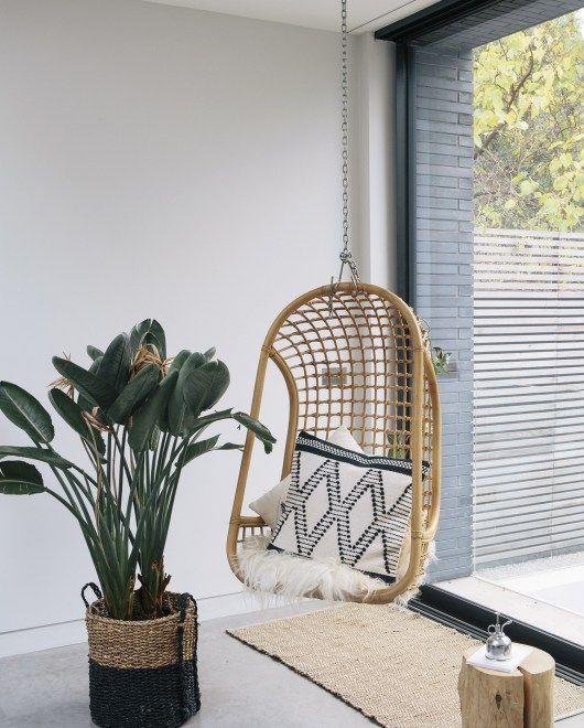 Pingl par made com france sur canap s fauteuils en 2019 pinterest fauteuil suspendu - Siege suspendu salon ...