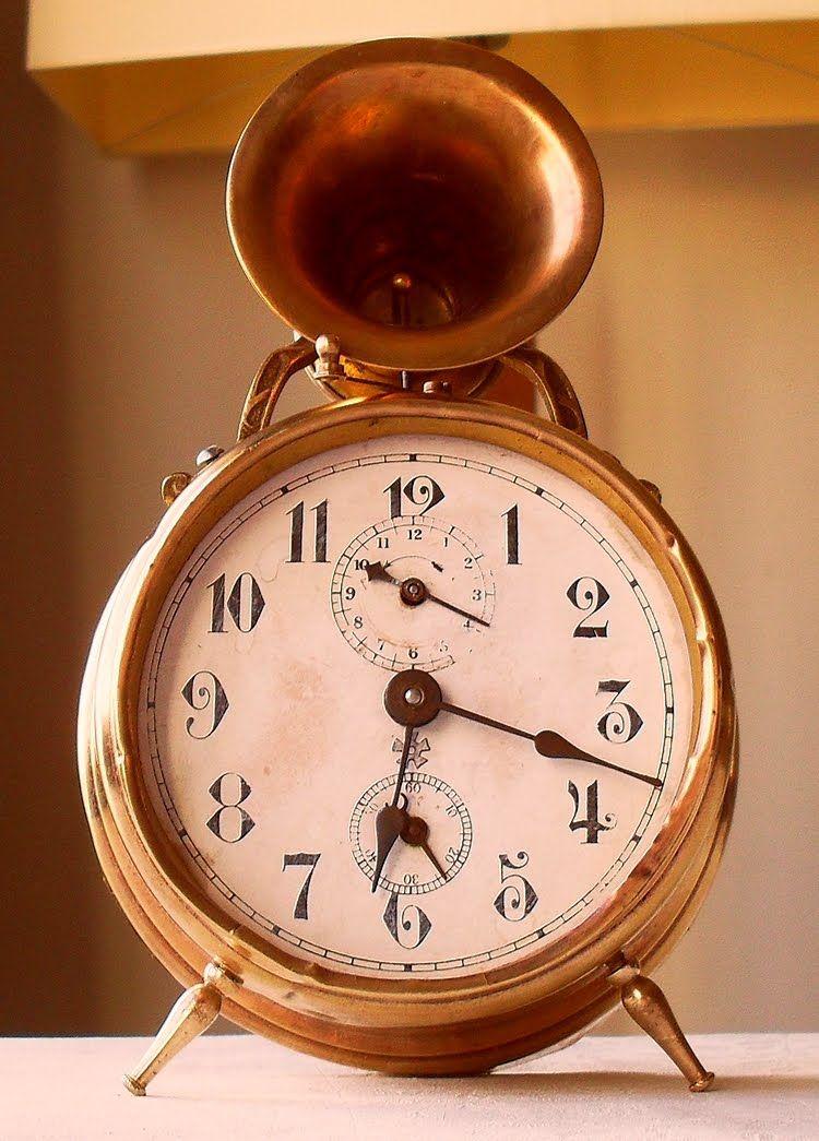 Trompette antique alarm clock from circa 1913 - Antike ...