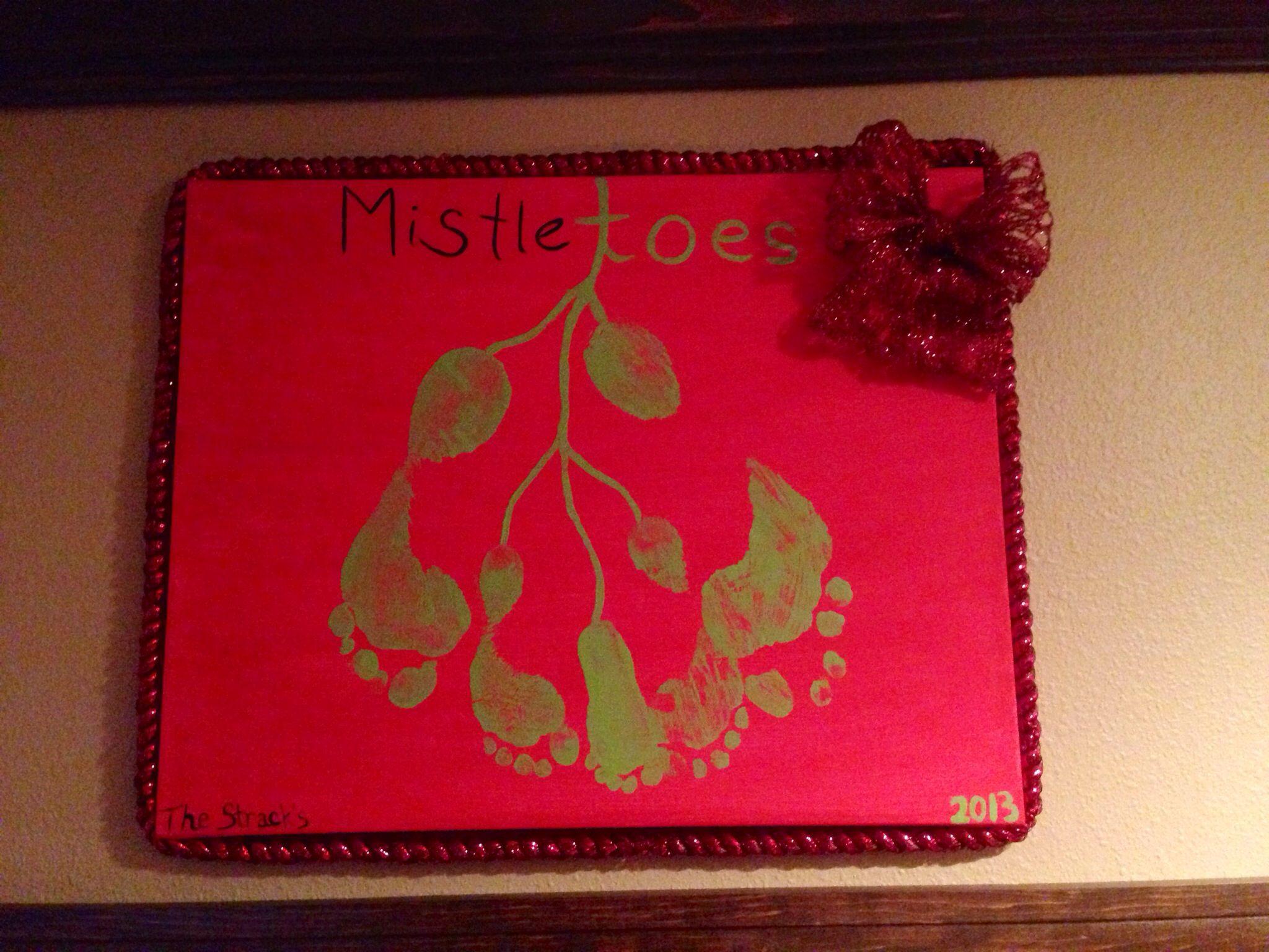 Mistletoes footprints #mistletoesfootprintcraft
