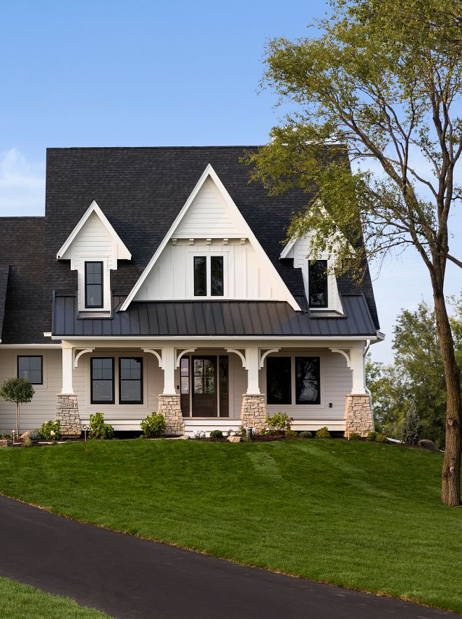 benjamin moore cloud cover off white exterior paint color on benjamin moore exterior paint colors id=23404