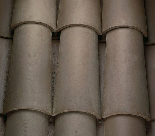 Spanish Clay Roof Tile Dark Brown Bent Smorlesi Gaetana Cecilia C Clay Roof Tiles Modern Roofing Roof Shapes