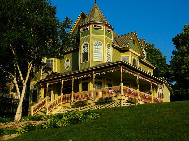 Victorian House - Petoskey - Michigan | by Mikel Classen