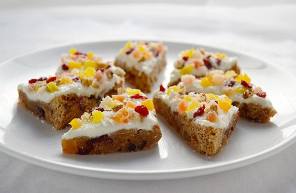 Fruitcake bars with tropical fruit mix.