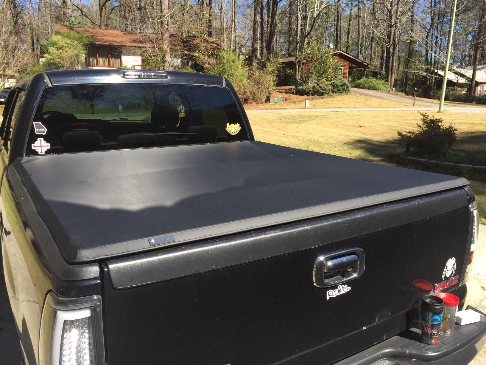 Gmc Sierra 1500 Tonneau Cover 04 06 In 2020 Gmc Sierra 1500