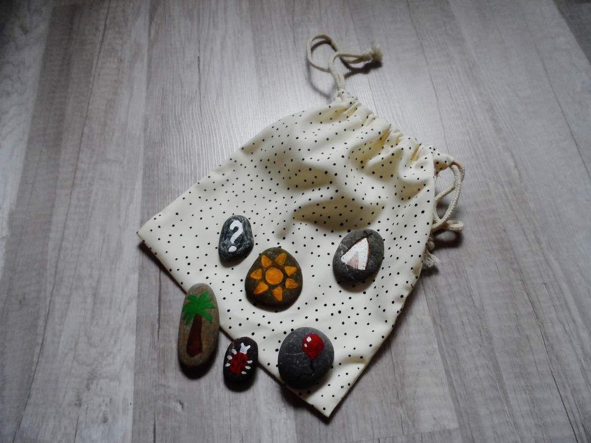 DIY : Stones Story | Jeux de société, Petit jeux et Cadeau noel fait main