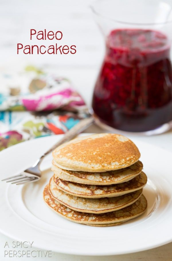 Sweet soft Paleo Pancakes, made with only 3 healthy ingredients! A cozy breakfast for those on a grain-free and/or dairy-free diet.
