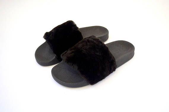 be643a225e9f Real Fur Slides