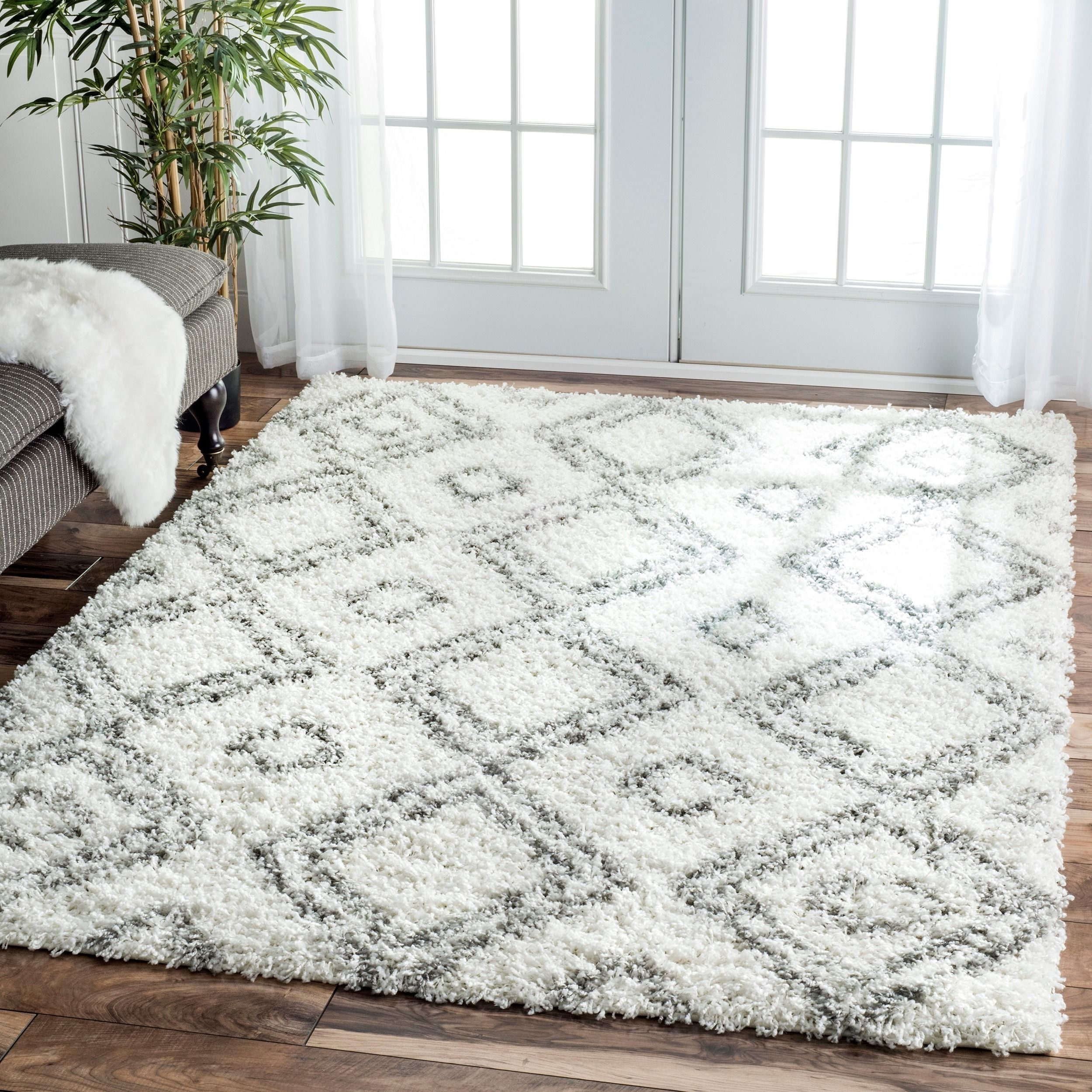 White Contemporary Area Rug With Ornament | Contemporary Area Rugs ...