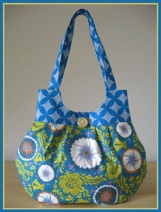 Sweet Pea Totes Classy Curvy Bag - Downloadable Pattern at Pink Chalk Fabrics