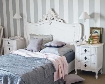 chambre romantique gustavienne chambres coucher. Black Bedroom Furniture Sets. Home Design Ideas