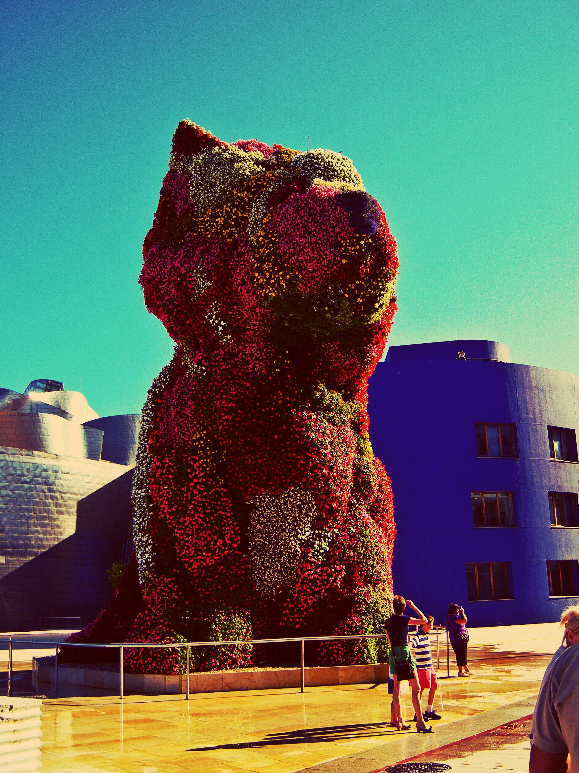Jeff Koons' sculpture 'Puppy'. Bilbao, Spain. Nature