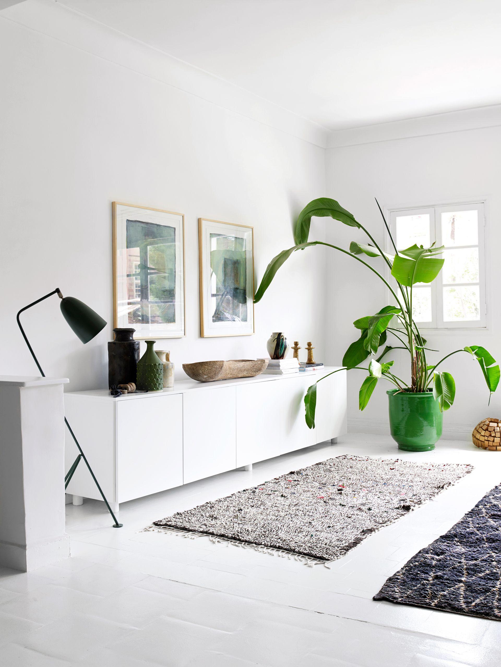 Rug Trader Cassandra Karinsky\'s Moroccan Home | Moroccan, Living ...