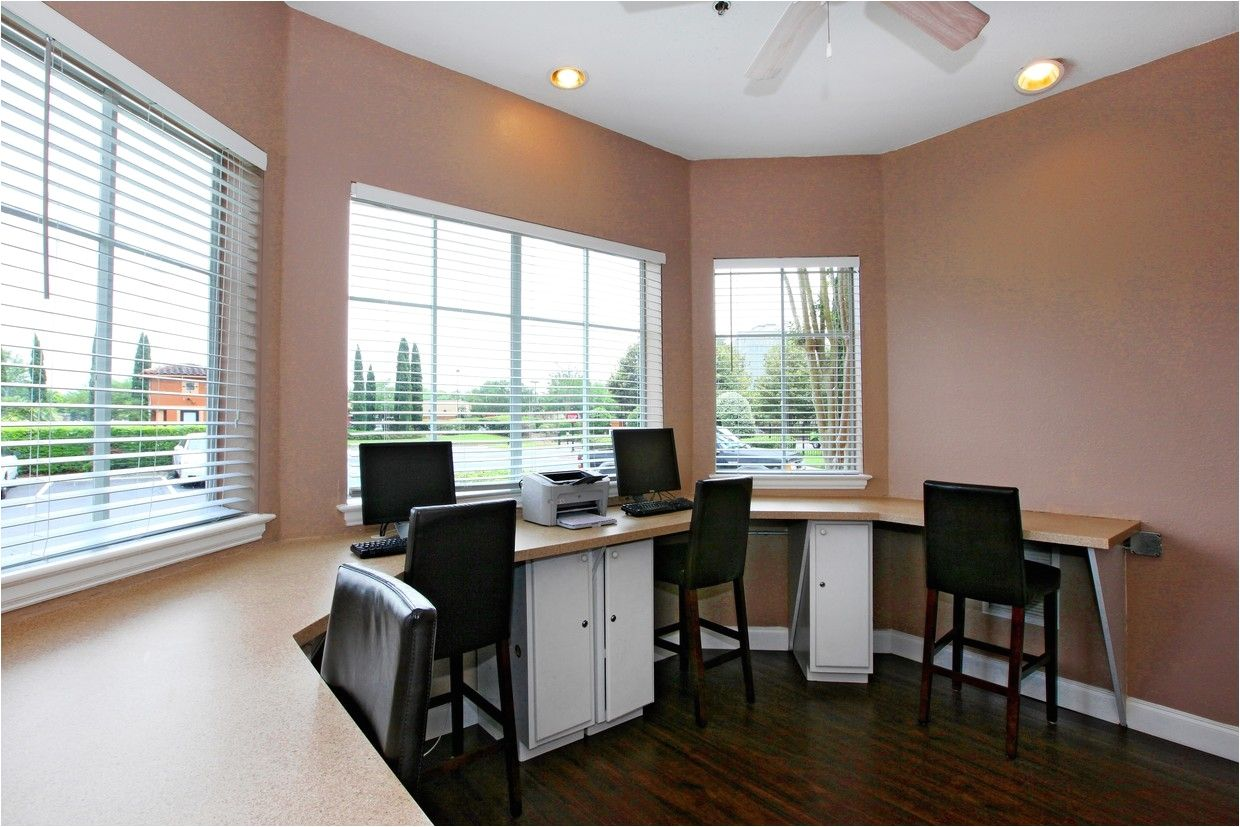 3 Bedroom Apartments For Rent In Orlando Florida Bedroom Apartment Florida Apartments Apartments For Rent