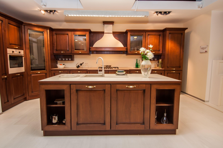 Veneta Cucine classic | kitchens | Kitchen, Classic