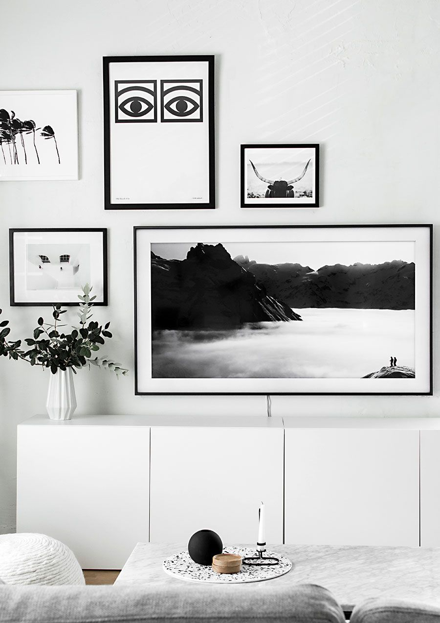 gallery wall update a tv that matches our decor pinterest deco tv cadres et appartements. Black Bedroom Furniture Sets. Home Design Ideas