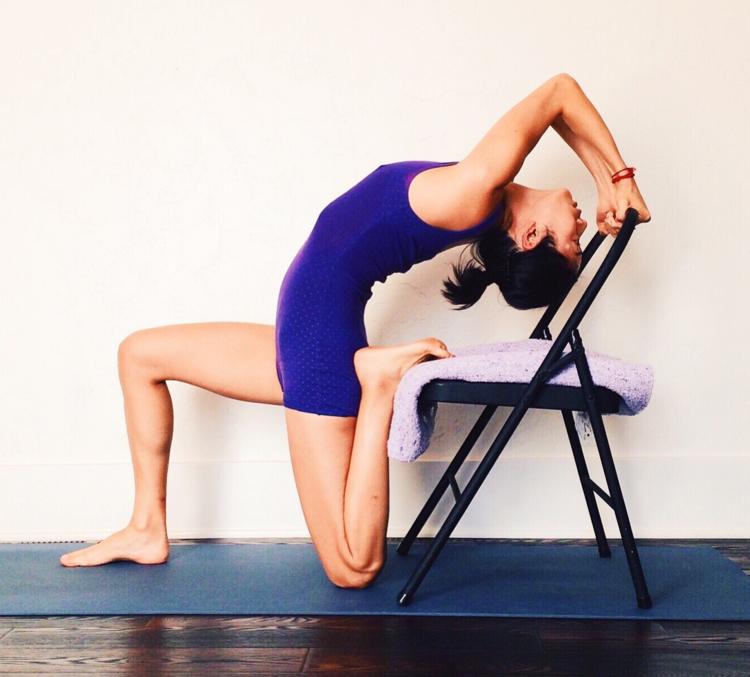 работы йога на стуле в картинках последний