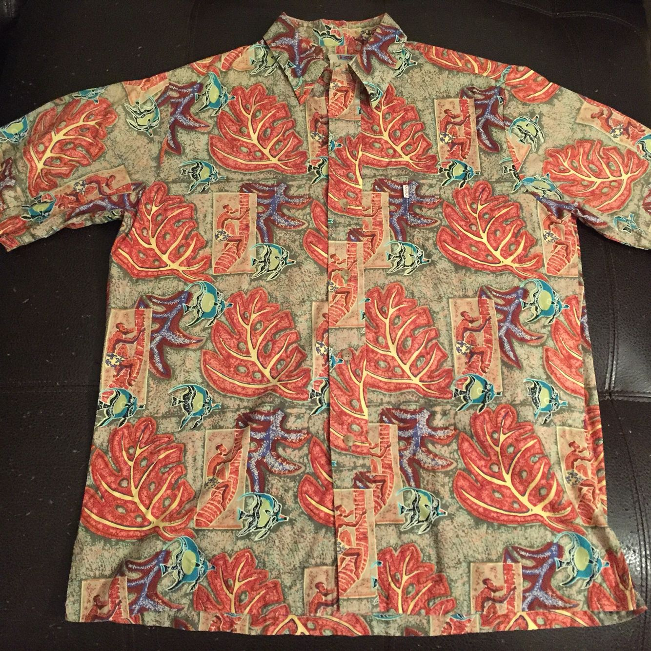 Men's Kahala vintage 80's Hawaiian Shirt #hawaiianshirt #vintagehawaiian #mensvintage #mensfashion