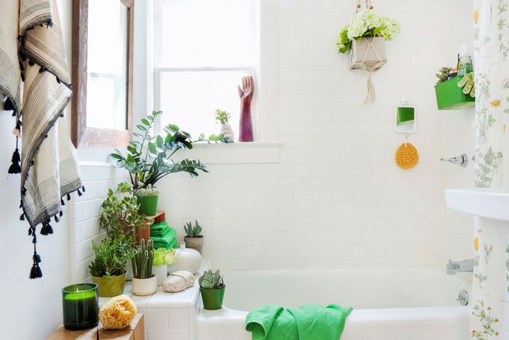48 Small Bathroom Decorating Ideas No Remodeling Required Small Impressive Apartment Wall Decorating Ideas Remodelling