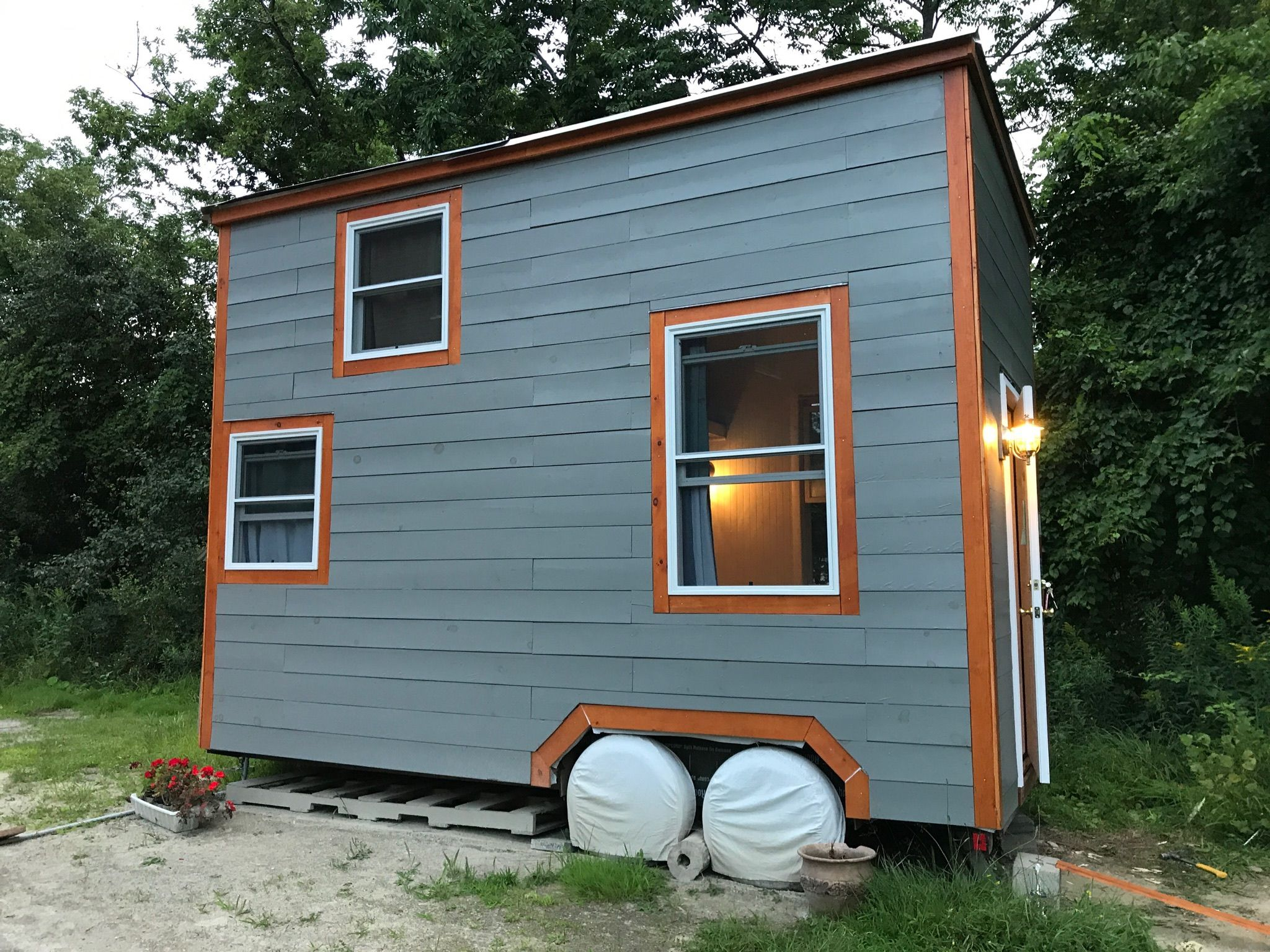 Tiny House Tiny Home On Wheels For Sale On Southern
