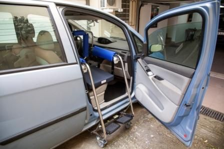 Body Up Evolution Transfer Device For Wheelchair To Car Seat