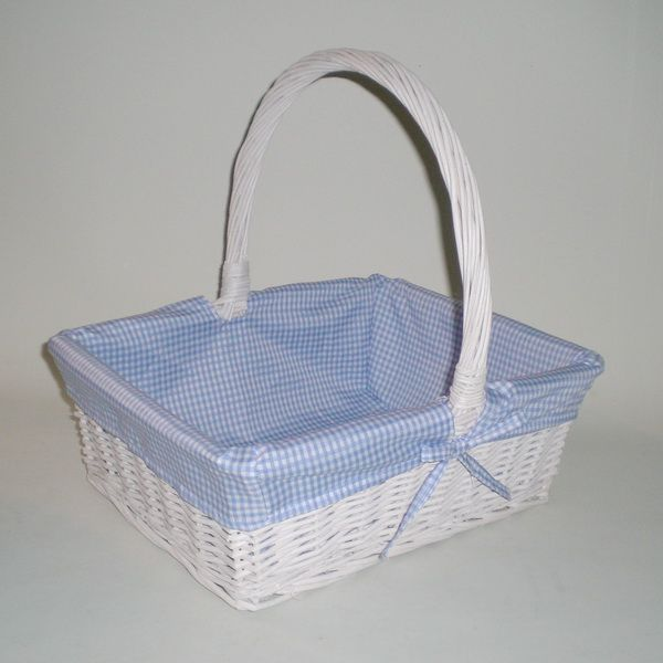 Como decorar una canasta de mimbre para beb imagui martina bebe canastas y cajas - Como forrar cestas de mimbre ...