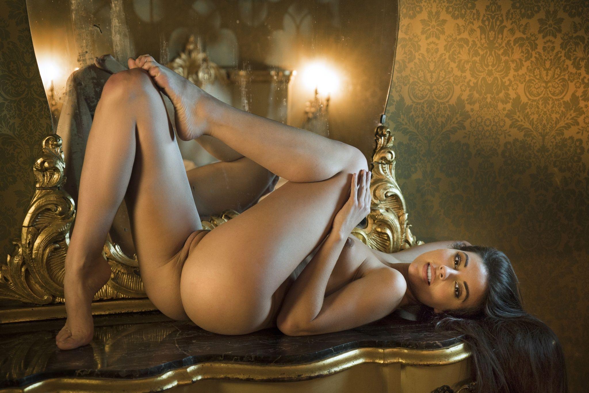 Curious julia de lucia bounces her ass on a thick hard cock - 3 part 10