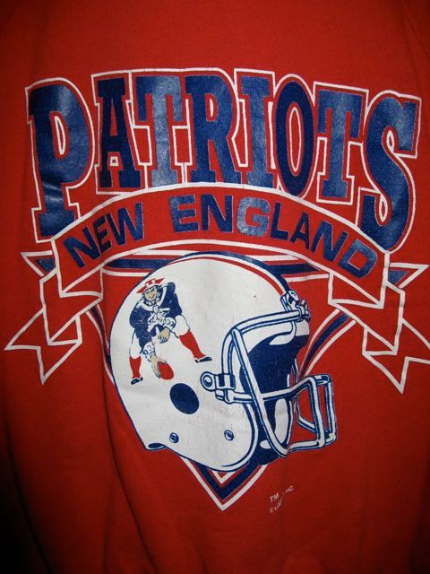 a4bab9c25 Vintage 80s New England Patriots Football Logo 7 Sweatshirt  35