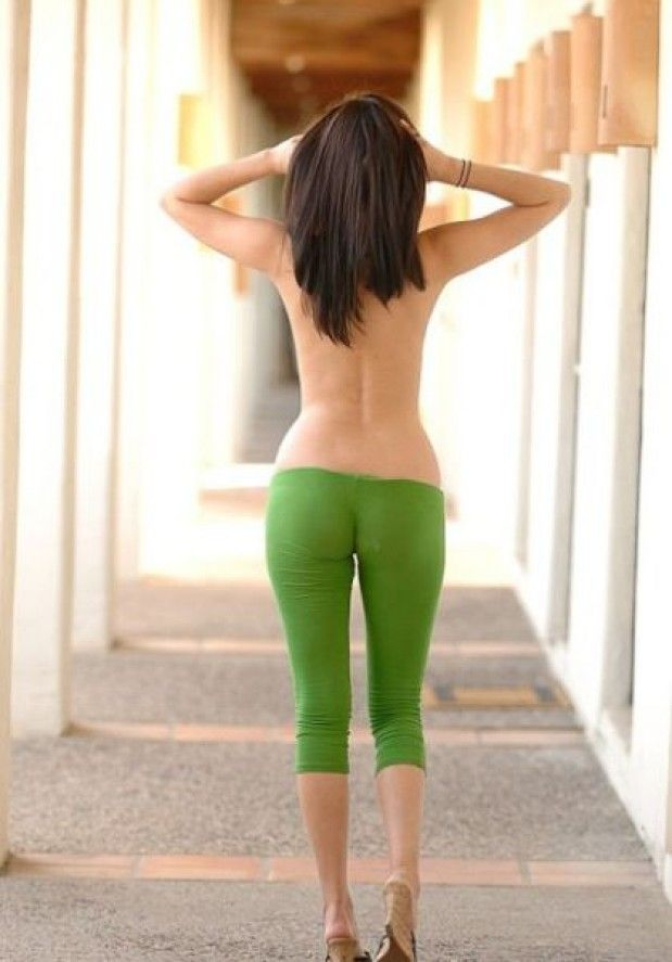 green yoga pants....gone bad. Really bad. | God awful | Pinterest