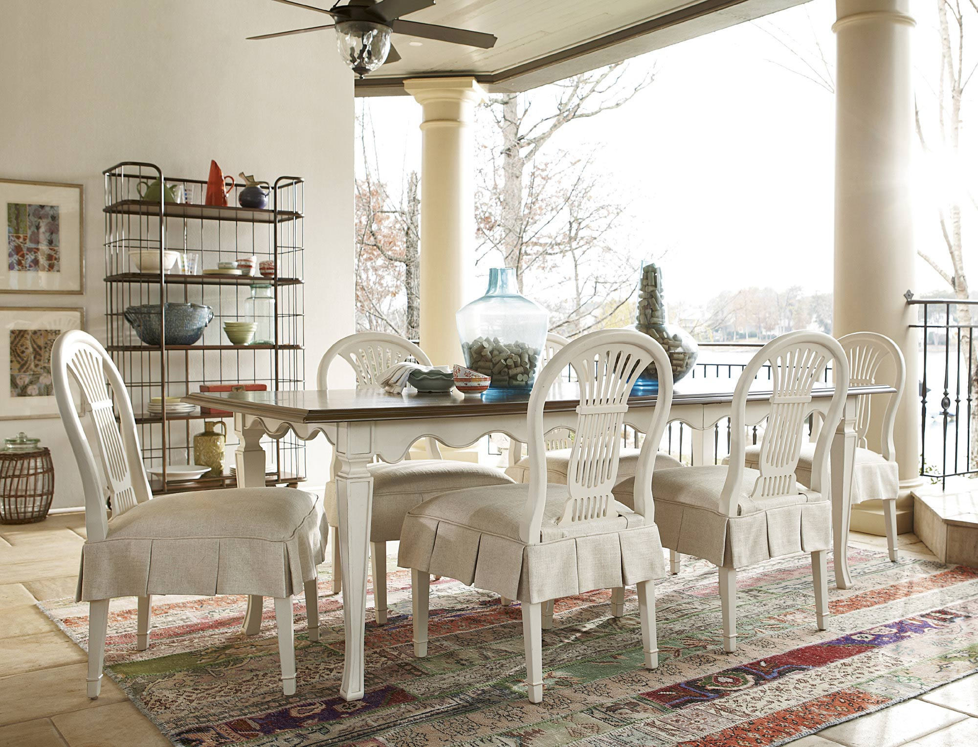 Cordevalle Rectangular Leg Dining Room Set | Universal | Home Gallery Stores