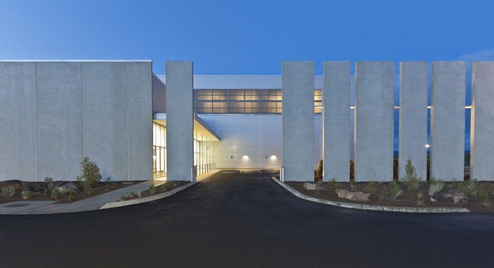 Facebook Prineville Data Center / Sheehan Partners