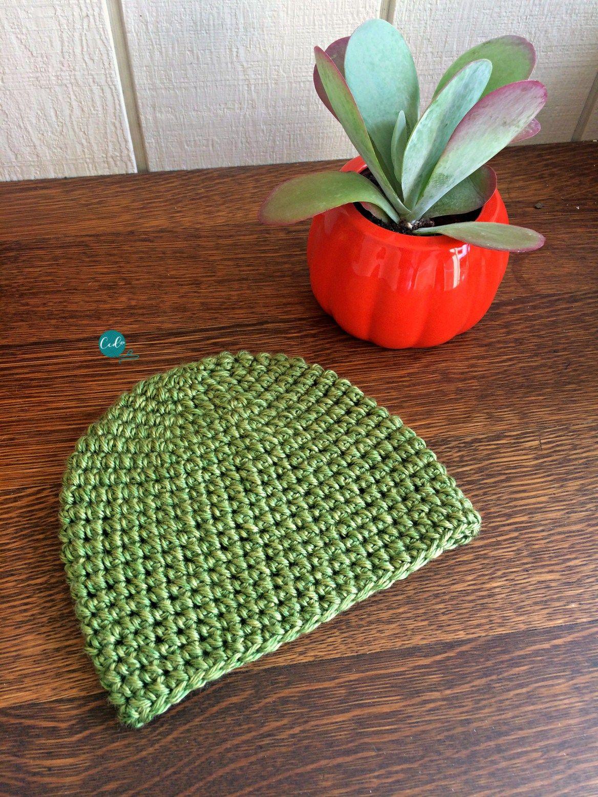 Mini puff stitch free crochet hat pattern. Step by step photo ...